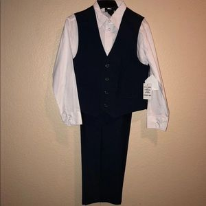 Other - Brand new with Tags kids size 6 suit - 3 pieces